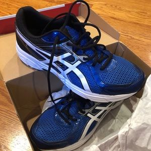ASICS men's running shoe